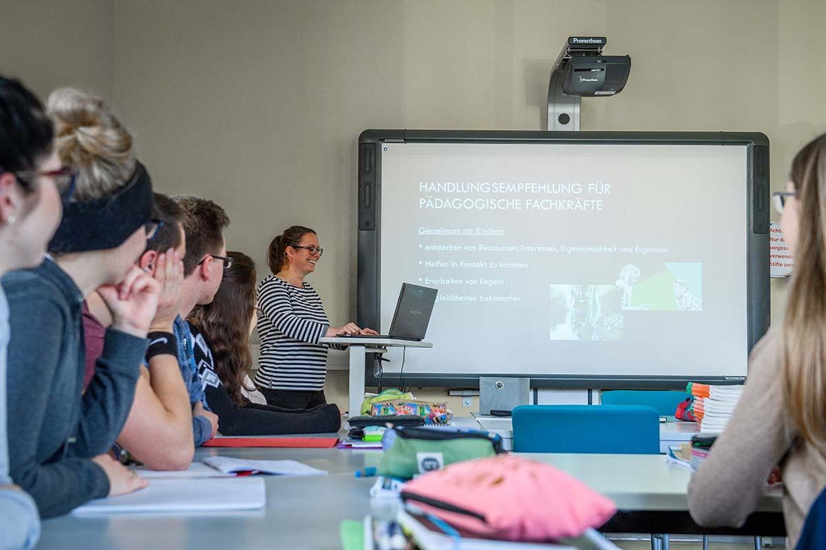 Initiativbewerbung auf Stellenangebot an der MBA Medizinischen Berufsakademie in Naumburg und Zeitz