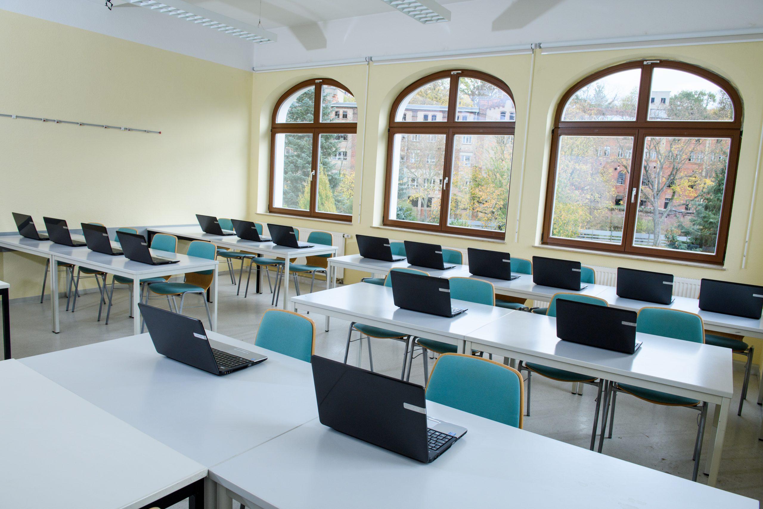 Seminarraum MBA neue Technik Naumburg und Zeitz zur Ausbildung von sozialen Berufen und Gesundheitsberufen